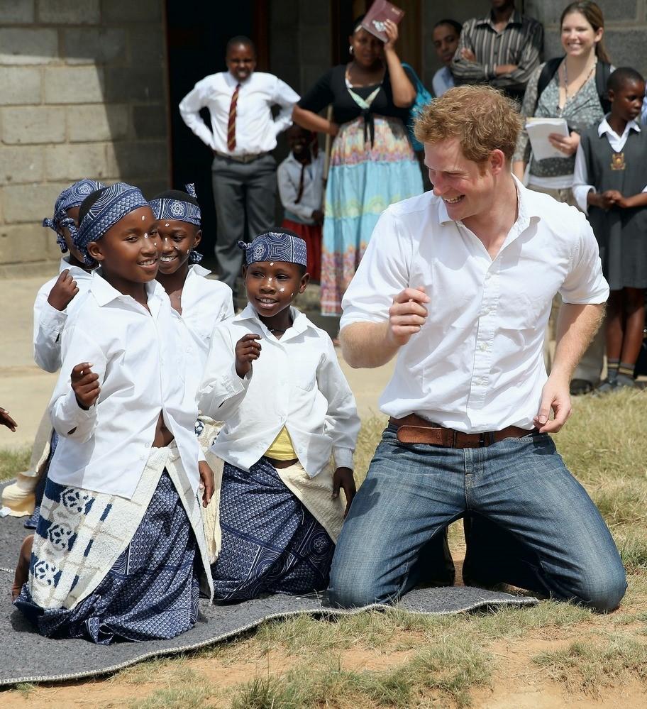 Enquanto a expectativa no Reino Unido é superior a 80 anos, no Lesoto ela não chega a meio século