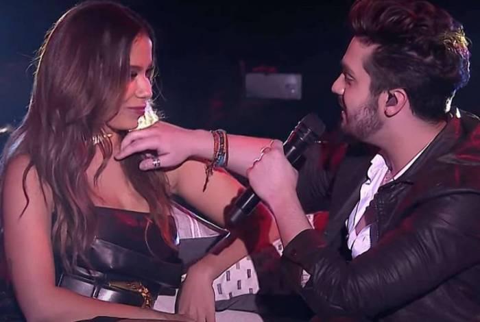Anitta e Luan Santana no Prêmio Multishow