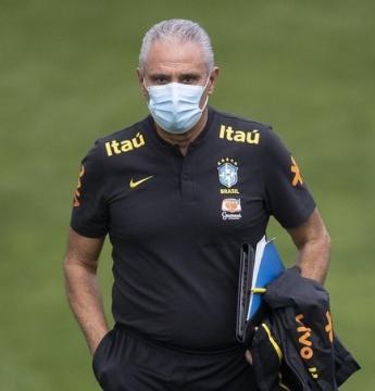 Tite mantém base da Seleção e anuncia jogadores convocados para a Copa América; veja lista