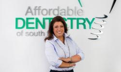 Clínica Odontológica na Flórida oferece atendimento a baixo custo para a comunidade brasileira sem plano de saúde
