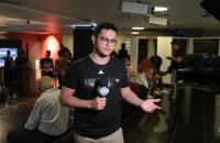 Digital influencer e youtuber, celebra 6 meses de reportagens no SBT Brasília