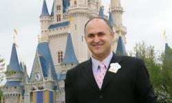 Qual o segredo do sucesso da Disney? Executivo da Walt Disney Company por 15 anos vem ao Brasil para mostrar como a empresa encanta milhões de pessoas