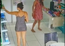 """""""Mágica"""": Câmera flagra mulher furtando objeto em loja"""