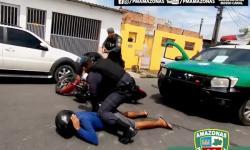 Perseguição policial termina com prisão de dois infratores em Manaus; veja vídeo