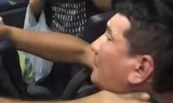 Vídeo: Tarado apanha da mulherada após tirar fotos das partes íntimas das passageiras da linha  640