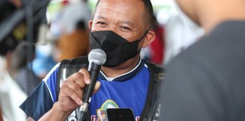 Mototaxista contaminado pela Covid-19 celebra imunização e oportunidade de retornar ao trabalho nas ruas