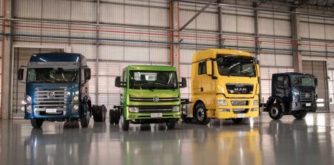 Portfólio completo para a mobilidade: VW Caminhões e Ônibus traz caminhões elétricos e novidades dos leves aos extrapesados para a Fenatran 2019