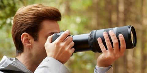 Canon lança câmera EOS R5 com resolução 8K