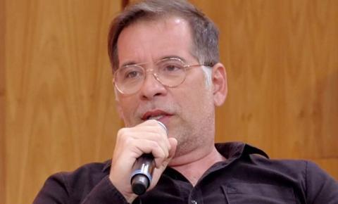 """Vídeo. Ao vivo, Leandro Hassum chama """"fura-filas"""" da vacinação de """"burros"""""""
