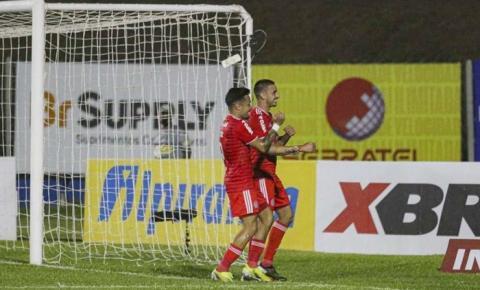 Galhardo faz três, Inter goleia o Aimoré e se classifica às semifinais do Gauchão