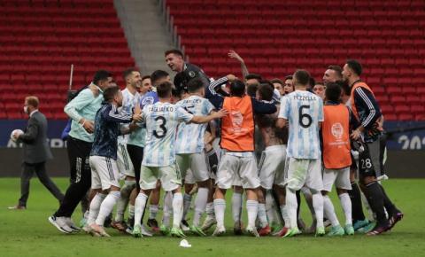 Com vitória nos pênaltis, Argentina alcança final da Copa América