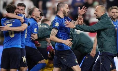 Nos pênaltis, Itália vence a Inglaterra e é campeã da Eurocopa; vídeo
