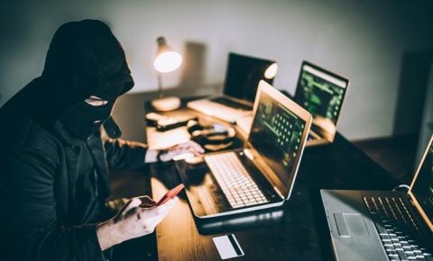 Mais de 5 mil sites falsos usam a covid-19 como isca para golpes