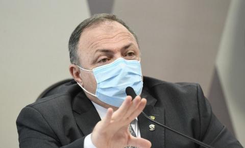 Ministério Público Militar arquiva acusações contra Pazuello