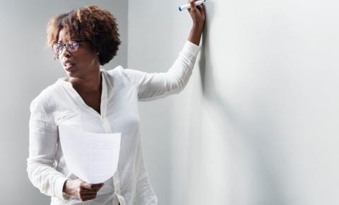 Manual do professor no PNLD 2020 será mais eficiente