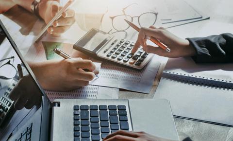 Empresas pagam mais imposto que o devido por falta de planejamento tributário, aponta especialista