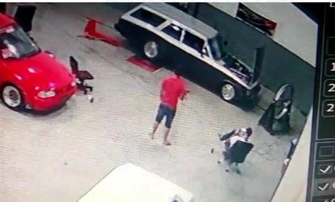 Vídeo: Mecânico morre durante preparação de carro de arrancada em Curitiba