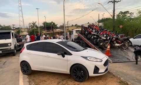 Operação deflagrada pela DERFV, NEOT/DETRAN, PRF, SEAOP e ROCAM apreende 132 veículos, recupera 07 motocicletas roubadas e prende 27 pessoas