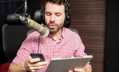 Rádios são pioneiras do streaming, mas precisam se reinventar