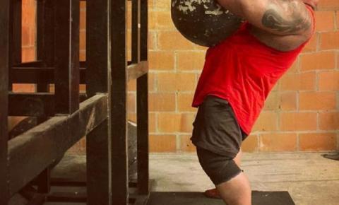 Homem mais forte do Brasil vai bater recorde e arrastar 3,5 toneladas com a barba