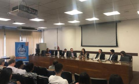 1º Simpósio do Câncer no Brasil, do Projeto Driblando o Câncer, pede acesso ao SUS