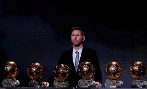 O tempo passa, mas Lionel Messi ainda manda no Bola de Ouro