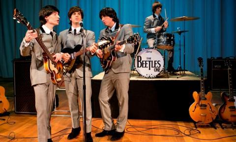 Orquestra e banda tocam Beatles em concerto ao ar livre em Piracicaba