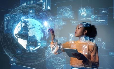 O papel da mulher na tecnologia e suas diferentes gerações