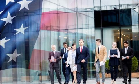 Oportunidade internacional: EUA anuncia mais de 35 mil vistos para trabalhadores temporários em 2020