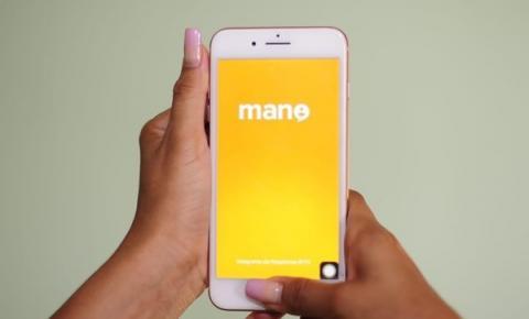 Estudantes da rede estadual também podem assistir aulas por aplicativo de celular durante regime especial