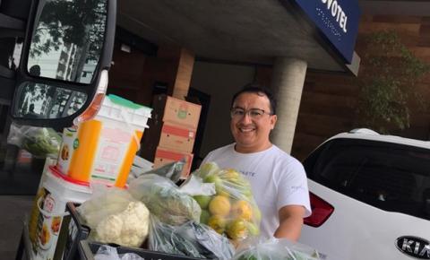 Restaurante doa 250kg de alimentos para instituição que acolhe pessoas com deficiências múltiplas