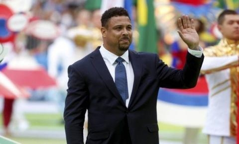 Ronaldo Fenômeno fala de Ronaldinho na prisão: 'Espero que esse mal-entendido seja resolvido'