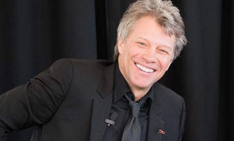 Bon Jovi oferece mais de r$ 10 milhões de desconto em casa