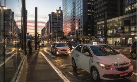 Com retomada de economia e redução da frota de transporte público, usuários buscam alternativas para deslocamentos seguros