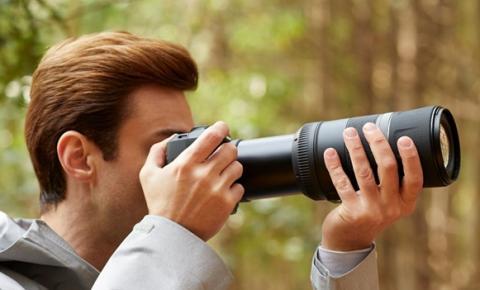 Canon lança nova câmera DSLR EOS T7+ com maior compatibilidade de flashes