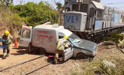 Vídeo: trem acerta carro em cheio no Distrito Federal