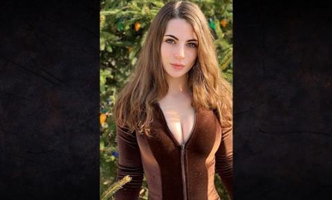 Modelo diz que foi expulsa do Tinder por ser 'bonita demais'