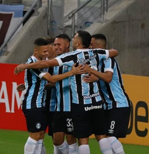 Grêmio passeia sobre Aragua e aplica maior goleada em competições sul-americanas