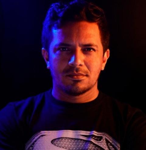 Videomaker ganha destaque nas redes sociais ao publicar vídeo da cheia no Centro de Manaus