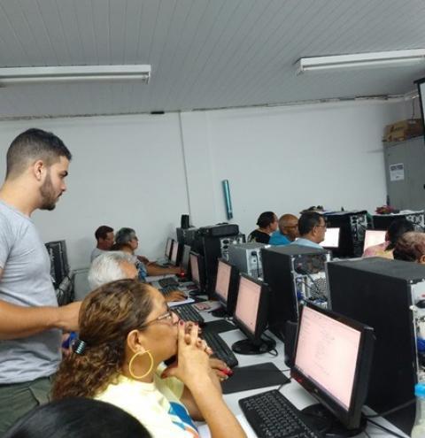 SSP-AM abre inscrições para cursos gratuitos de inclusão digital para idosos
